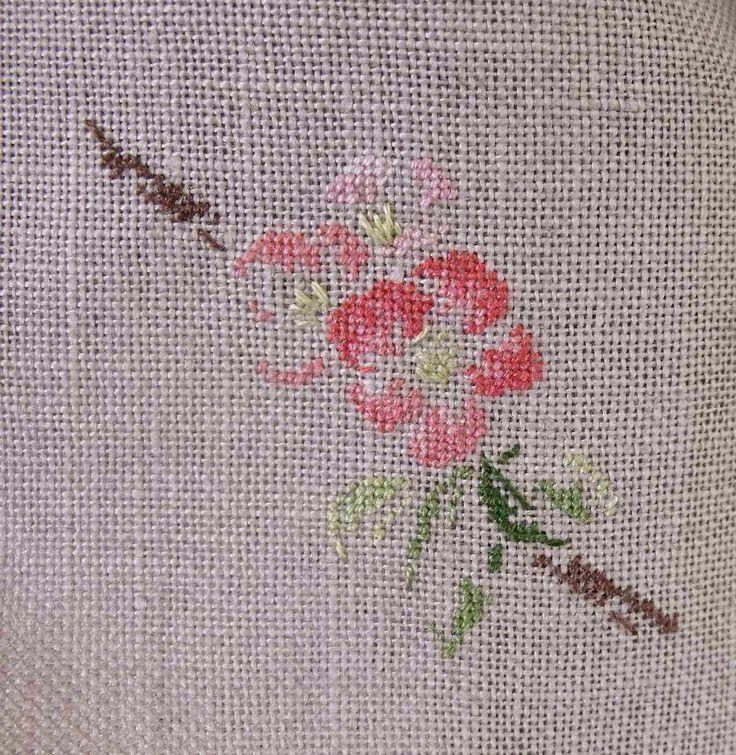 Mon Jardin sur la Toile: Kimono brodé par Marie-Thérèse Saint-Aubin pour