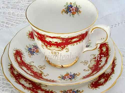Queen Anne Patt No.8364 close up of the pattern..... beautiful posie inside the cup and richj colours on the outer. For hire from highteahire.co.nz