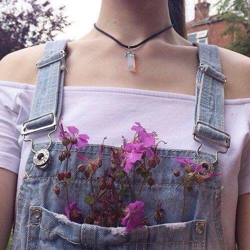 Imagem de flowers, girl, and grunge