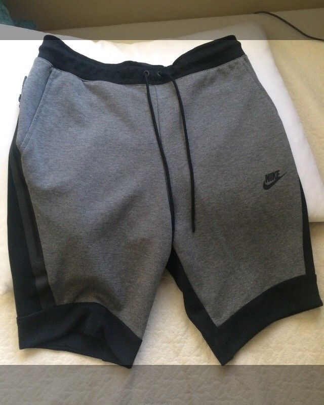 9f06a1e8358 Nike Tech Fleece Shorts men black/grey slim fit/medium #fashion ...
