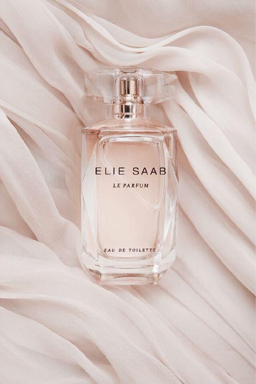 вυттεяcυρ ғαιяүтαℓεs - Elie Saab. Le Parfum