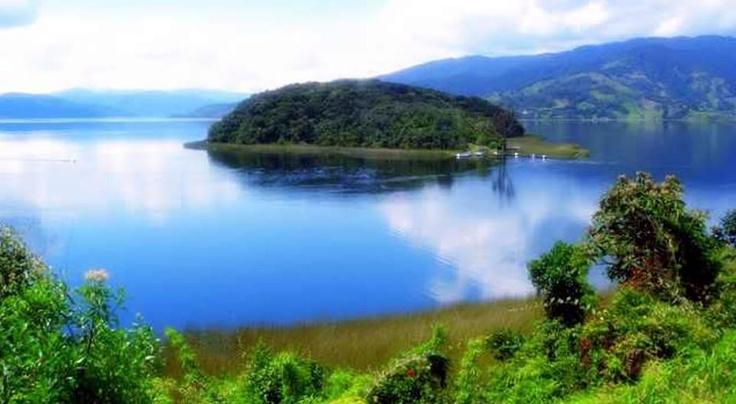 El Santuario de Fauna y Flora, Isla la Corota, Narino, Colombia