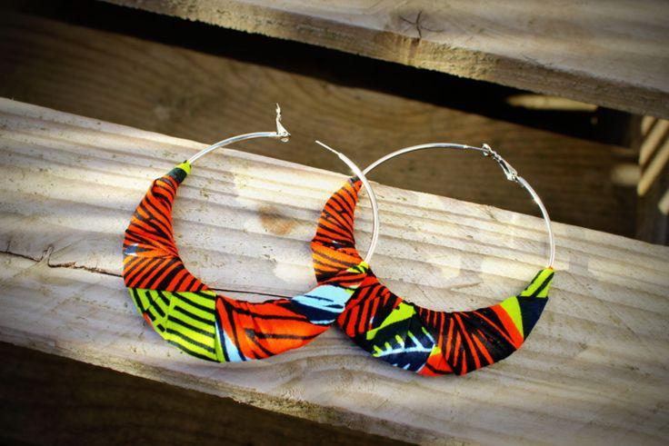 Boucles d'Oreille gros anneau créole en tissu africain Wax - par Stee sur…