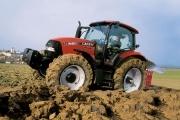 Tractores  Tractor Maxxum. La serie Maxxum incorpora innovaciones tecnológicas y nuevos recursos de ingeniería, además de contemplar un moderno diseño. Con motor más potente, desarrollado especialmente para las actividades agrícolas, la serie Maxxum presenta dos versiones de transmisión. Garantiza la robustez necesaria en las más severas condiciones.