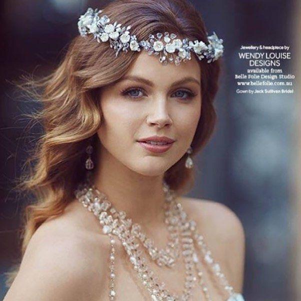 Goodnight sparkles  @wendylouisedesigns accessories  @fabuloushairup  @tonypottspics  #modernwedding #modernweddingmagazine #weddingday #weddinginspiration #accessories #jewellery #jewellerydesigner by modernweddingmagazine