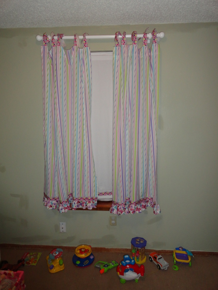 17 best images about curtains for little girls room on for Curtain designs for girls bedroom