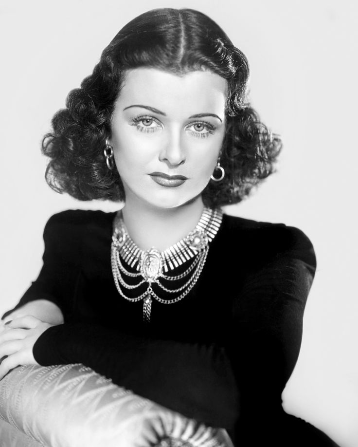 """JOAN BENNETT ~ Born: Feb 27, 1910 in New Jersey, USA. Died: Dec 7, 1990 (aged 80) from a heart attack. Her first leading film role was in """"Bulldog Drummond"""" (1929) & made 14 films with Fox, one being """"Pier 13"""" (1932). Starred with Spencer Tracy in """"She Wanted a Millionaire"""" (1932). Left Fox to appear in """"Little Women"""" (1933). Was made a brunette for """"Trade Winds"""" (1938). Appeared in """"Man Hunt"""" (1941). Her final public performance was in the TV movie Divorce Wars: A Love Story (1982)."""