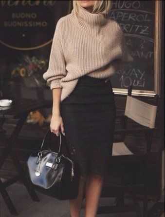 Slouchy sweater and pencil skirt is on point.