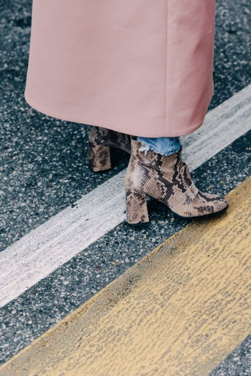 Loving a pair of statement boots! Perfect for twisting up your basic looks with. I am so in love with these: http://asos.do/iD4syd http://asos.do/Mm58XU http://asos.do/DQCd5H: