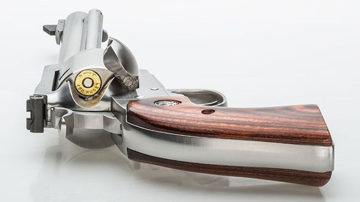2016 Handgun of the Year: Ruger New Model Super Blackhawk in .454 Casull/.480 Ruger