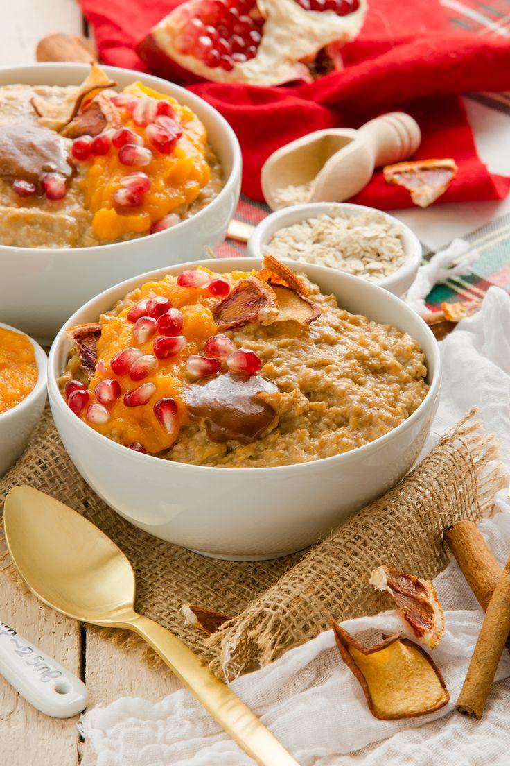 Colazione sana PORRODGE di AVENA alla ZUCCA, CANNELLA, spezie autunnali e melagrana. Pumkin Oatmeal-Porridge. Ricetta #vegan #senzaglutine