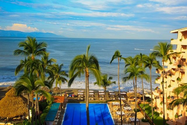 Golden Crown Paradise- All Adults - All-Inclusive Resort and Spa Deals, Puerto Vallarta Vacation Packages
