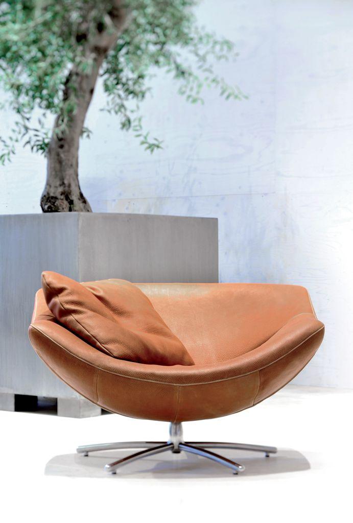 Gerard van den Berg | Gigi Lounge Chair | 1998 waaaauw deze stoel is zoo mooi