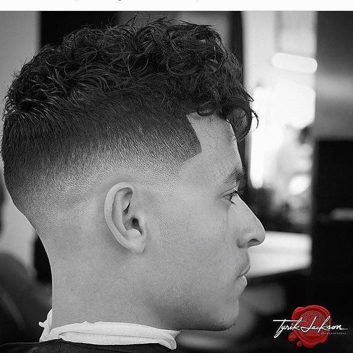 Saw this on @barbersinctv Go check em Out  Check Out @RogThaBarber100x for 57 Ways to Build a Strong Barber Clientele!  #barbercape #MyBarberMarcos #luckyleftythebarber #305barber #rhabarberkuchen #barberlover #inlandempirebarber #classicbarbering #barbermob #dallasbarbershop #empirebarbershop #sanantoniobarbers #BraidBarbers #barbershopsurabaya #BESTBARBERSHOP #CITYBARBERS #barberofseville #hialeahbarber #Dopebarber #vitalebarberiscanonico #barberian #washingtondcbarber #manchesterbarber…