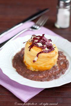 Sformatini di pecorino su salsa al radicchio trevigiano #recipe #juliesoissons
