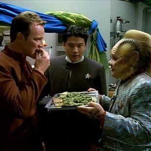Algae Puffs - Star Trek: Voyager | 8 Star Trek Recipes You Can Replicate At Home