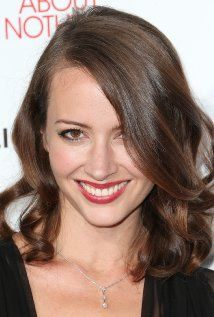 Amy Acker (December 5, 1976) There is her.... the lucky one... Love Amy and James <3  Best Couple!.
