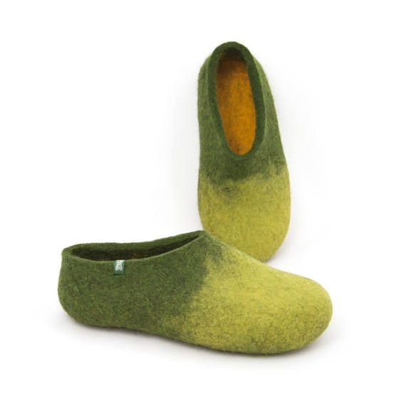 Women's house shoes felt slippers sheep wool slippers by Wooppers