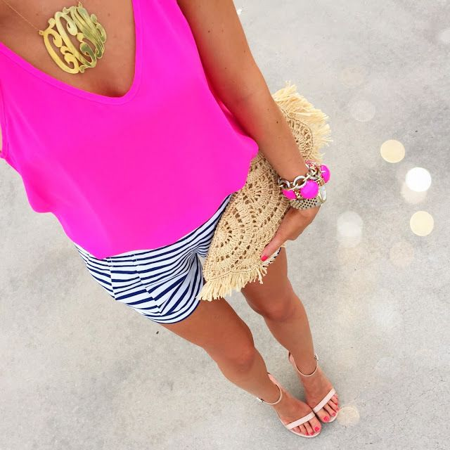 cute summertime outfit: hot pink top (less than $20), navy/white stripe shorts, monogram necklace, Kendra Scott bracelet.