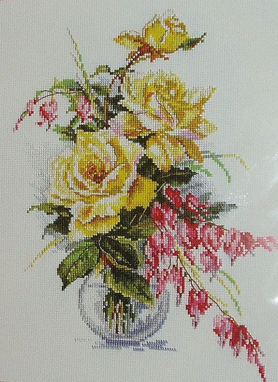 Russian Counted Cross Stitch Kit Yellow roses in a glass vase . Condition: New Brand: Alisa Алиса Theme: Flowers & Gardens Model: 2-20
