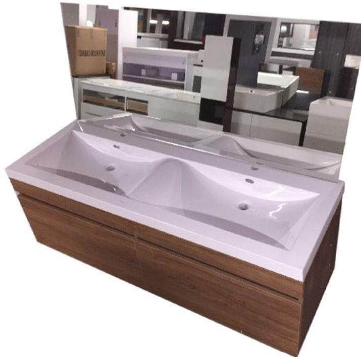 10 best idee n over badkamermeubel op pinterest koperen badkamer marine en vintage meubels - Badkamermeubels vintage ...