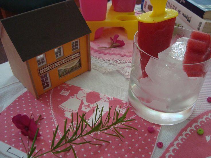FRUTOS FRUTOS: armar una mesa con helado casero, natural y con el que …   – Ideas para cumples