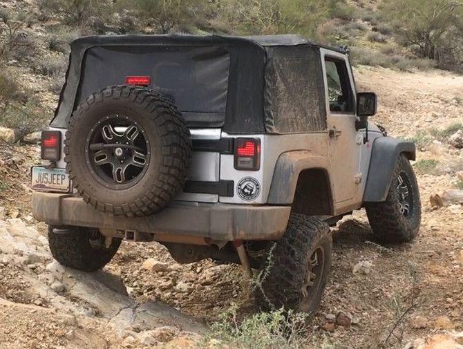 2009 Jeep Wrangler X BFGoodrich Mud-Terrain T/A KM2 285/70R17 (2579)