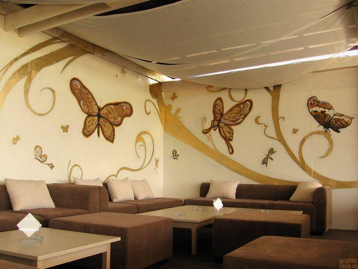 Оформление стен в кафе