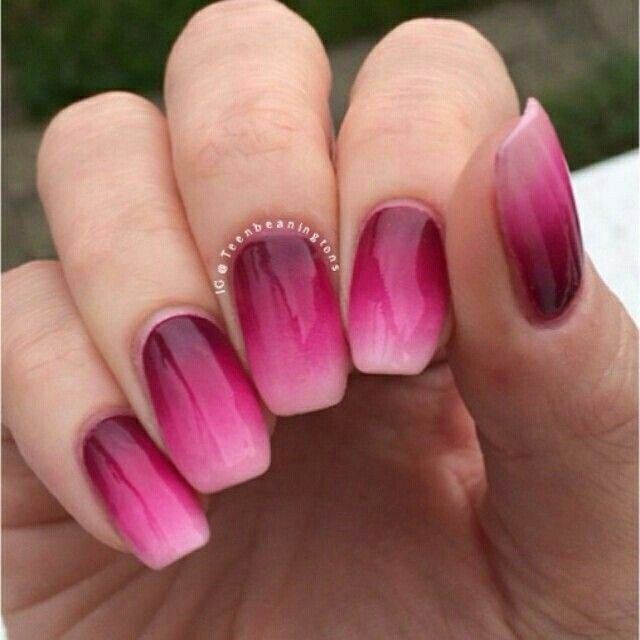 Pink ombre nails #nails #pink #summer