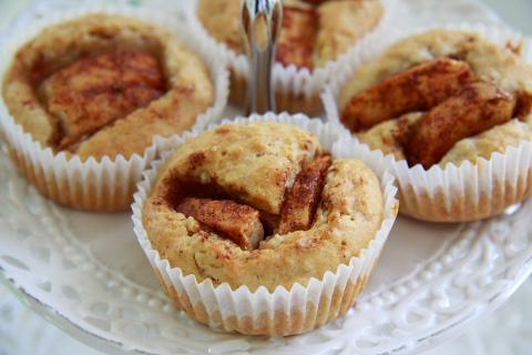 Havremuffins med äpple & kanel
