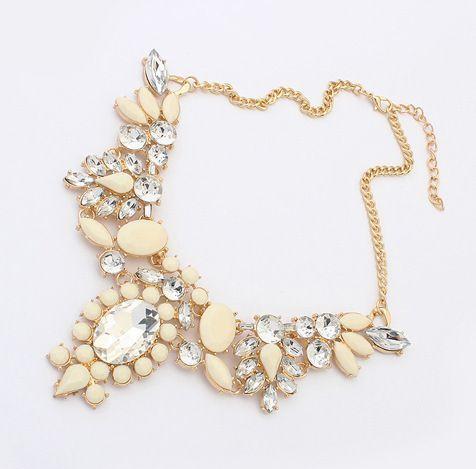 Statement flowers rhinestones dress woman beige necklace