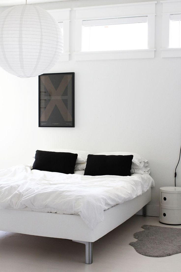 Via Ollie and Sebs Haus   Black and White   Bedroom   Componibili