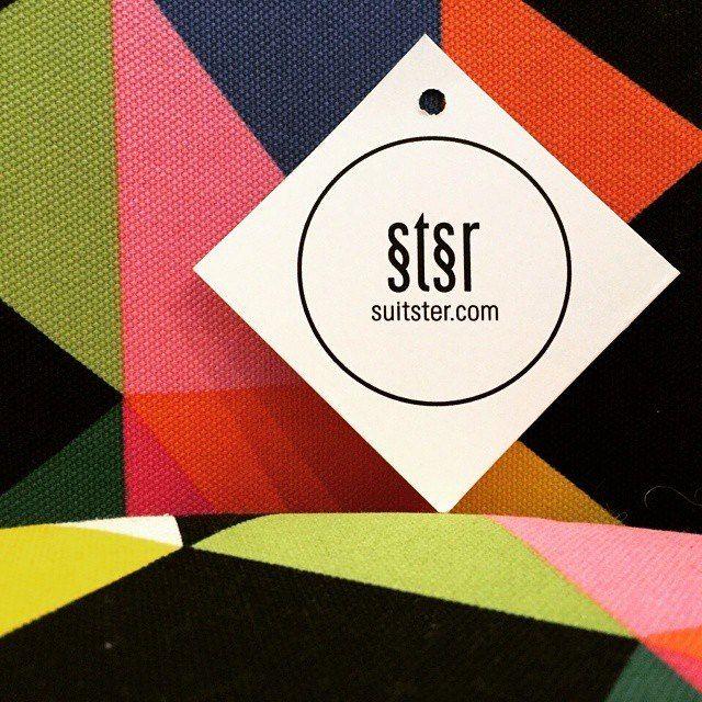 """Тема дня: Правила движения - """"на главной"""" Suitster.com. Двигайтесь с нами - делайте покупки в нашем магазине.  Наш шоу рум находится по адресу, переулок Рыльский 6, 2 этаж. тел (044) 303 98 88 #suitster #online #store #fashion #style"""