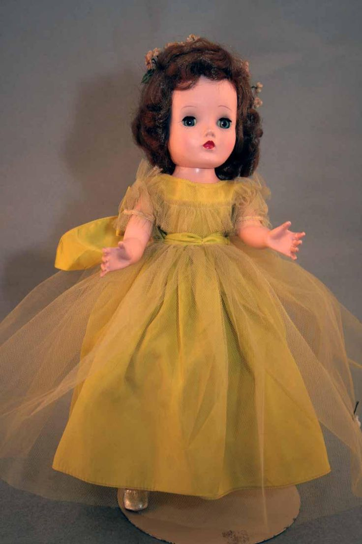 77 best madame alexander walker dolls with tagged clothes images binnie hard plastic doll by madame alexander 14 tall in chartreuse bridesmaid dress marked binnie walker with cissy face from 1954 1955 ombrellifo Gallery