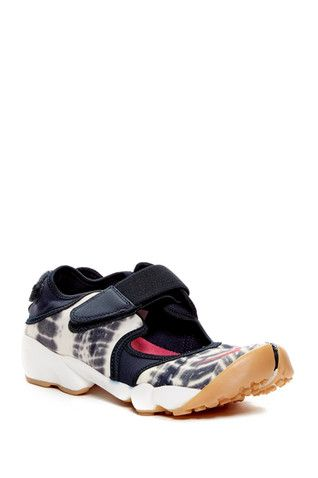 Air Rift Premium QS Shoe