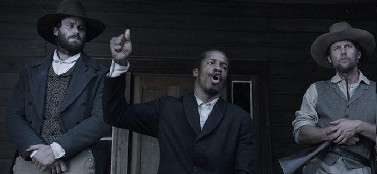 Yılın başında Sundance Film Festivali'nde yaptığı sükse ile yılın filmi olabilir mi sorusunu çok erken sorduran The Birth of a Nation, Amerikan İç Savaşı öncesinde Virginia'da çıkan köle isyanlarının başını çeken Nat Turner'ın hikayesini anlatıyor. İlk yönetmenlik tecrübesinde filmin başrolünü de üstlenen Nate Parker, elindeki kıymetli ve güçlü hikayeyi bambaşka bir açıdan ele almak isterken, etkileyiciliğini kaybeden ve kendini tekrar etmeye yüz tutan bir biyografik drama ortaya koyuyor…