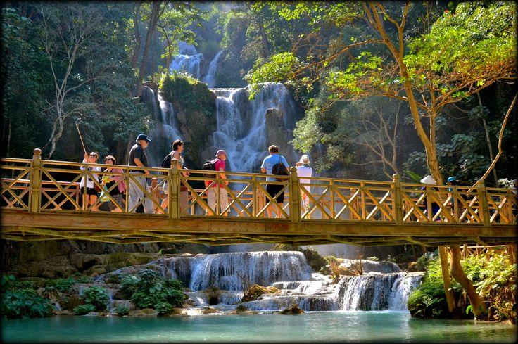 Kuang Si Falls with its beautiful view