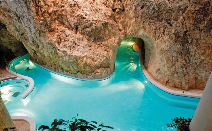 A miskolctapolcai barlangfürdő igazi különlegességnek számít és nem csupán hazai viszonylatban.