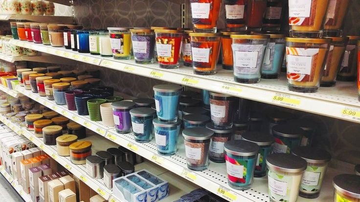 Walking down the candle aisle at Target is my Happy Place. I love to take the lids of the jars and smell each scent. Except for vanilla... I've never been a fan of vanilla in my perfume or candles. I definitely gravitate more towards fresh scents. And as I stood there making a mental list of all the candles I wanted I remembered @san.diego.soycandle and how much I crave every. single. one. of. her. candles. So I moved the candles to the side leaned against the display and texted my husband a…