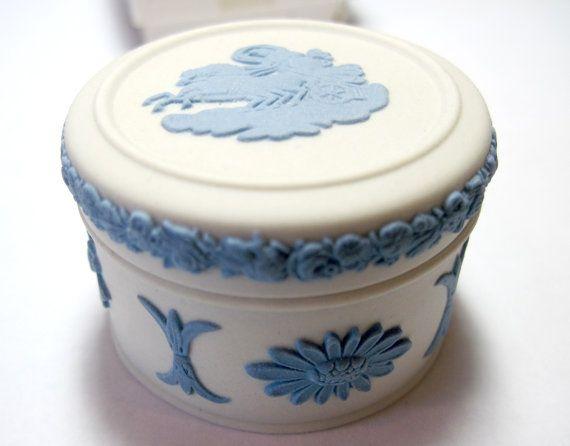 Dating moorcroft pottery Mieux Investir escorte girl creil