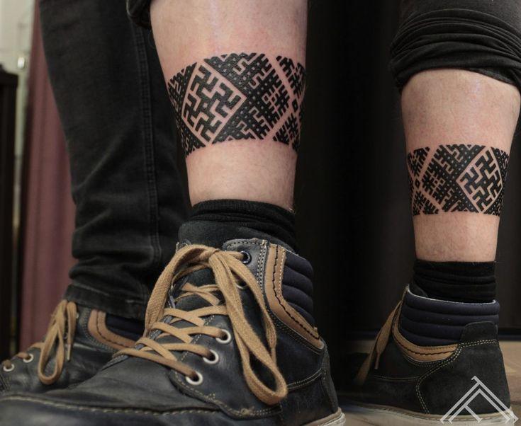 18-martinssilins-tattoo-tattoofrequency-milda-gerbonis-riga-latviesuzimes-latvija-simbols-symbol-latviansymbol-studija-salons-tetovesana-jumis-auseklis-1170x958.jpg (1170×958)