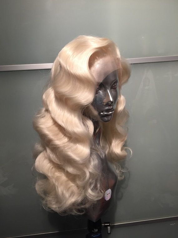 Fingerwave Long Wig (more information, more gold)