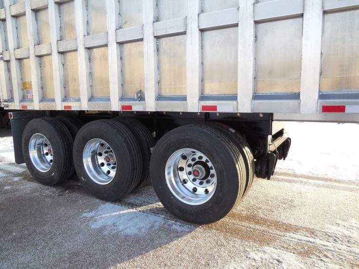 Check Out This New 53 All Aluminum Tri Axle Trailer With