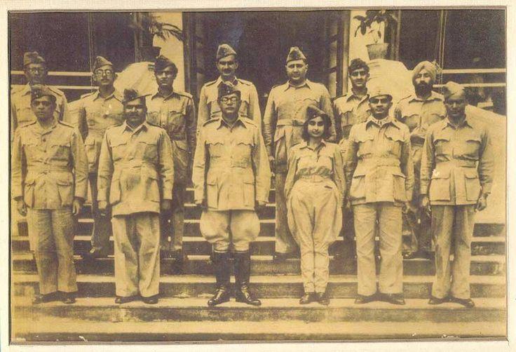 1940s :: Netaji Subhas Chandra Bose with Members of the Azad Hind Fauj