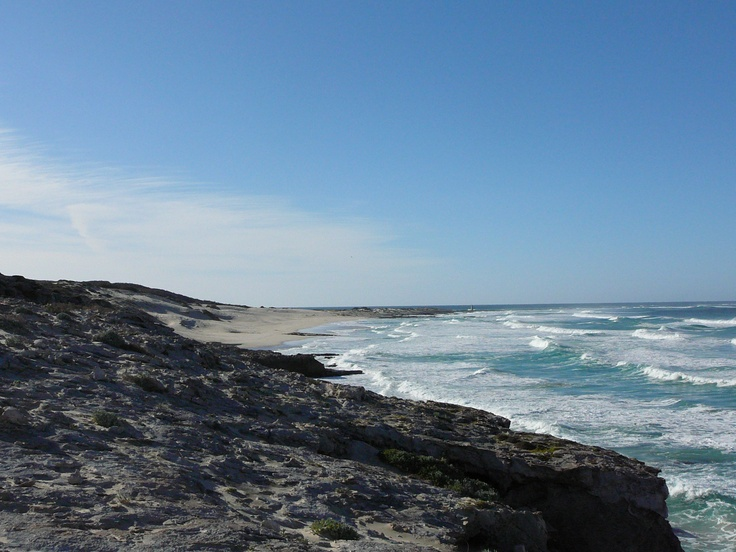 Rocky coastline between Arniston and Struis Bay