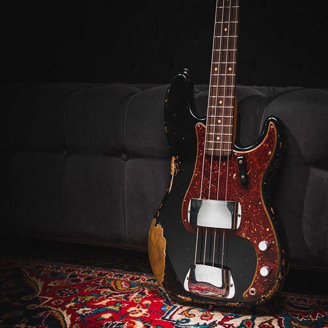 Relic AGED BLACK 1960/'s PRECISION BASS SCRATCH PLATE Pickguard Fender P Bass