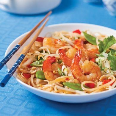 Pad thaï aux crevettes et arachides - Recettes - Cuisine et nutrition - Pratico Pratique