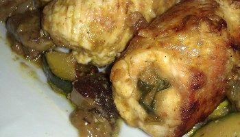 Involtini di pollo con ortaggi e curry