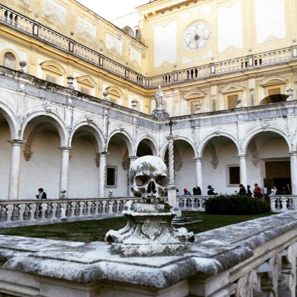 Cimitero dei certosini. Chiostro grande. Certosa di San Martino.  Napoli