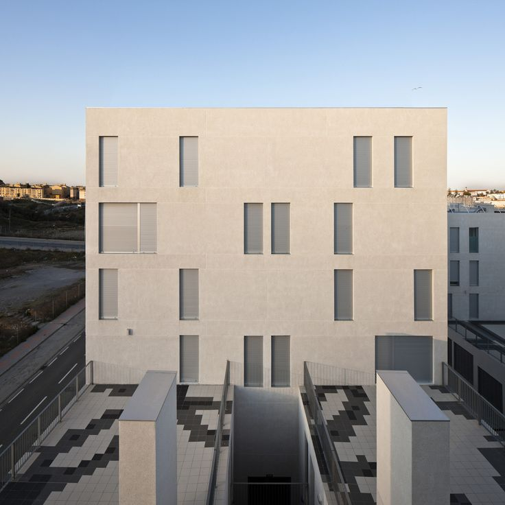 Gallery of Social Housing In Ceuta / IND [Inter National Design] - 3